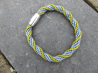 2017-05-07_Kumihimo-3rd-project-Spiral-bracelet