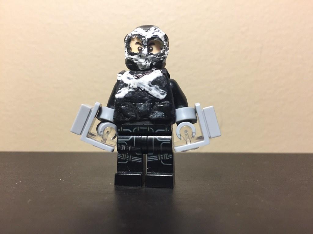 Custom Lego Crossbones