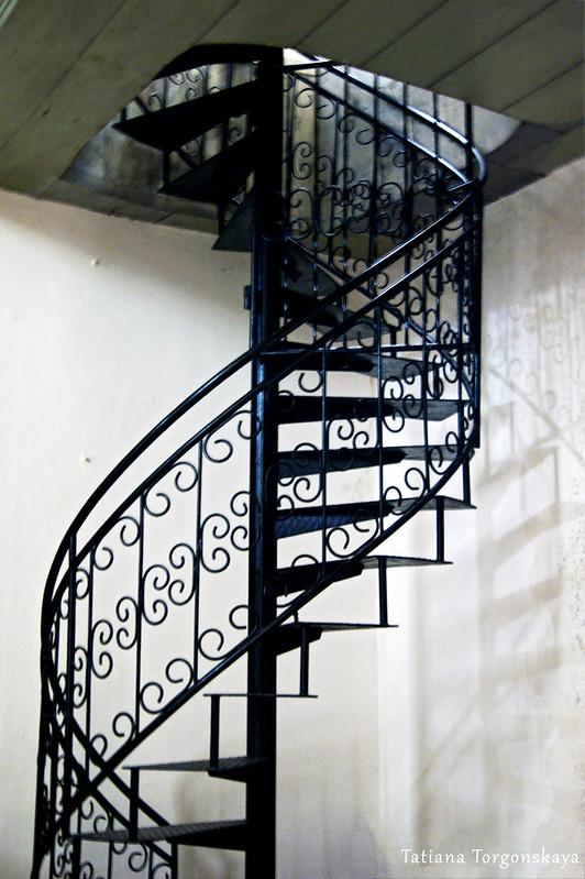 Лестница, ведущая к хорам