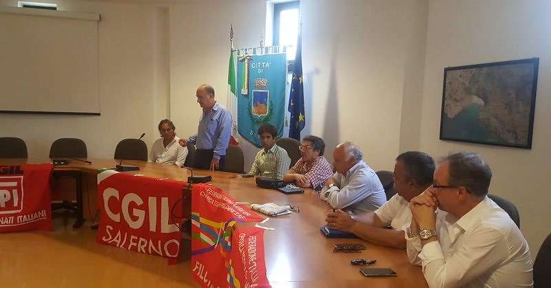 Enel di Sapri. Patto tra sindaci e sindacati contro l'accorpamento a Sala Consilina.