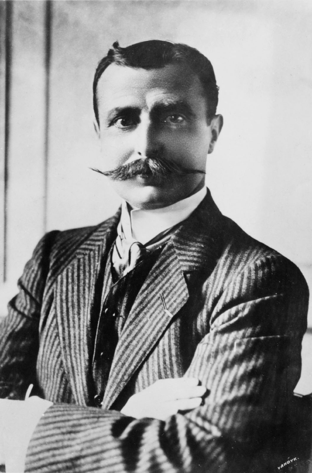 Louis Blériot (1872-1936), the first man to fly the English Channel. Photo taken between 1906 and 1916.