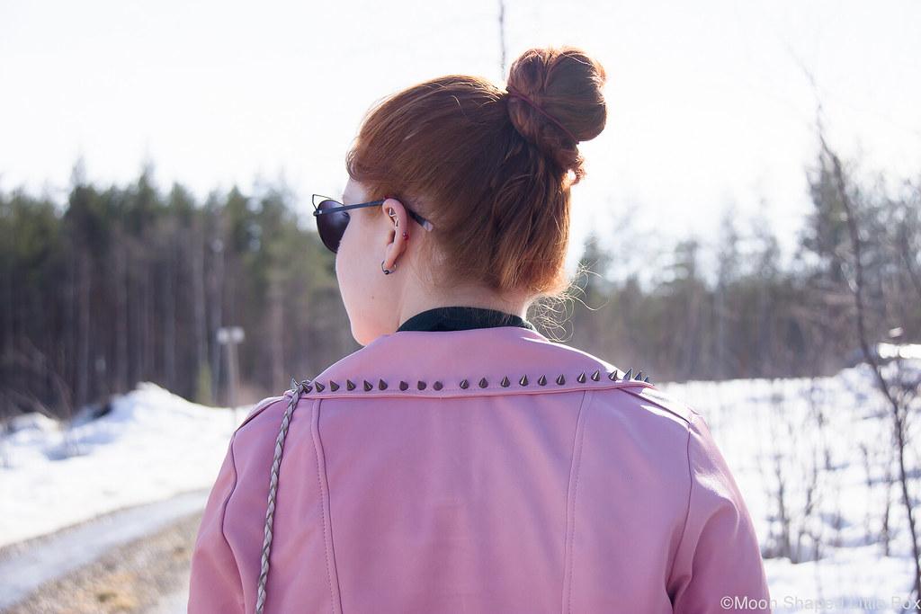 Päivän_asu_Nahkatakki_kotimainen-14