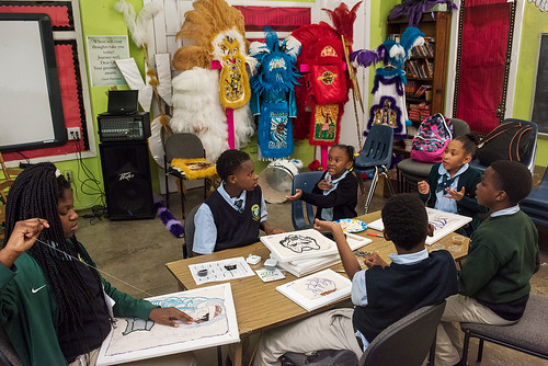 Members of Wild Opelousas sew as a group after school on Sep. 5, 2017. Photo by rhrphoto.com.