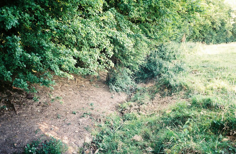 Very dried up stream, Dundry field