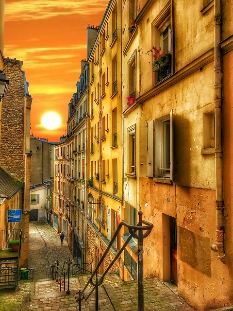 Paris  France  -  Latin Quarters  - Check the narrow laneways