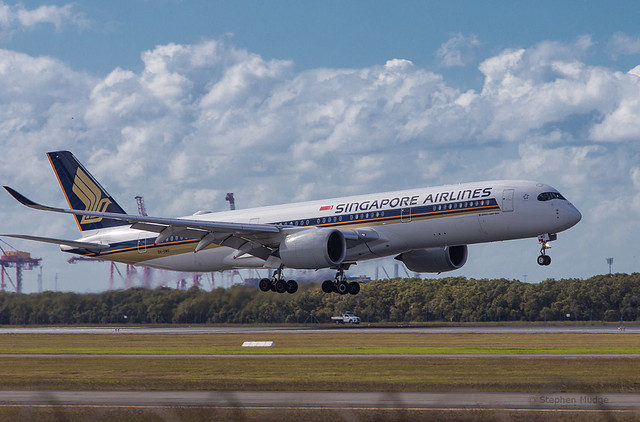 A350 arriving from Singapore