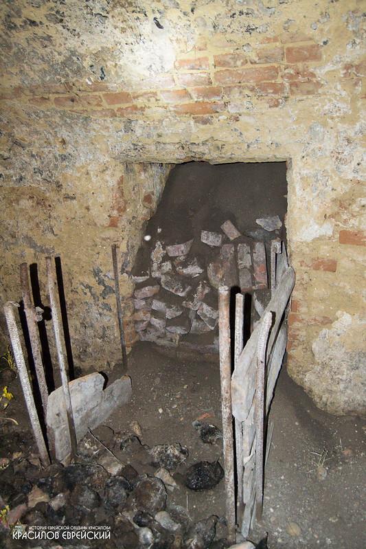 Засипаний технічний тунель в льосі