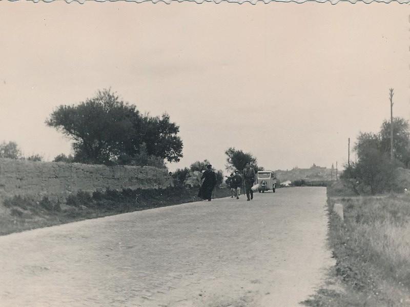Carretera de la Puebla de Montalbán en 1962. Fotografía de Julián C.T.