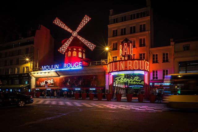 Moulin Neon