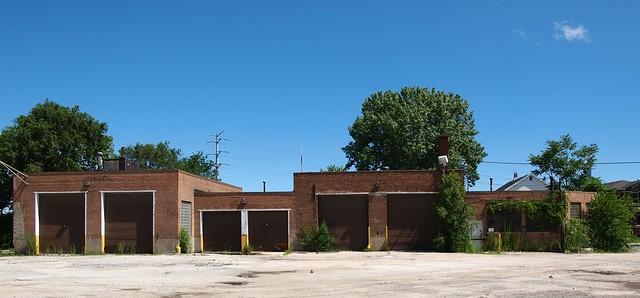 Former Holsum Bread Facility