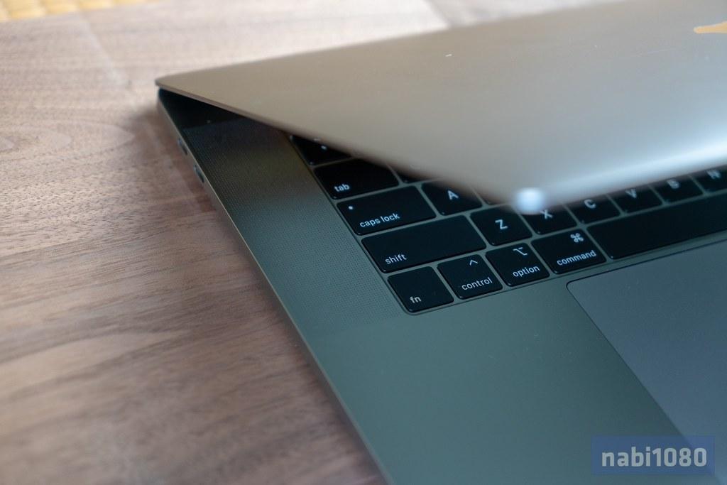 15インチ MacBook Pro 201802