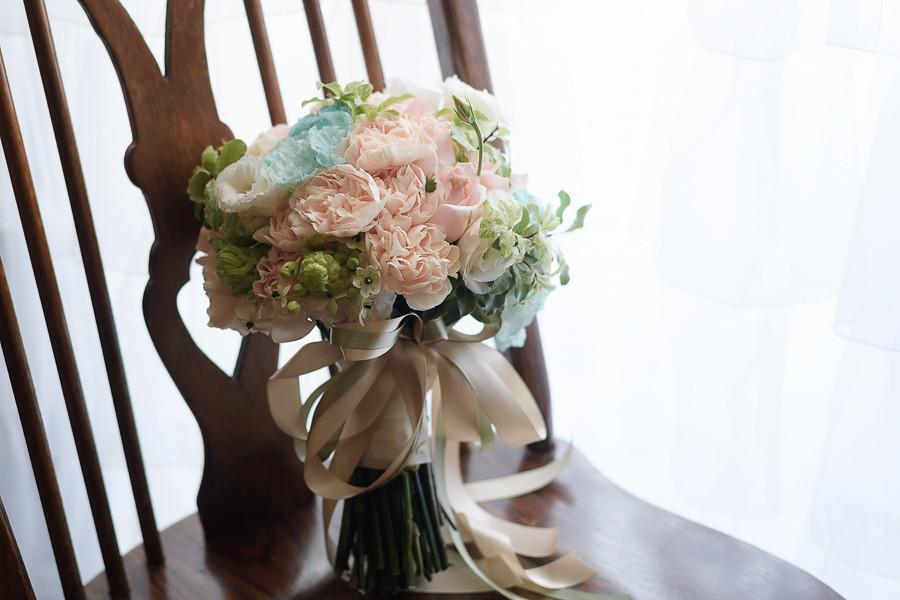 41363325690 80d18c6331 b 自助婚紗新娘捧花系列介紹與款式挑選
