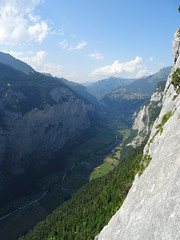 View down to the Lauterbrunnen valley