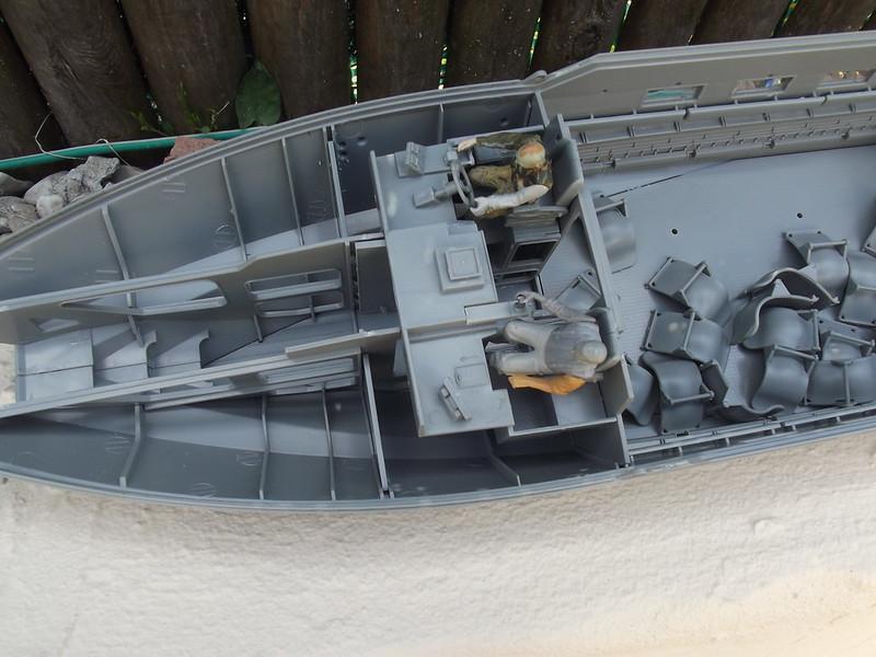 Combat Boat CB 90 Tiger Model 1/35 figurines scratch 42482495624_bc2b918a29_c