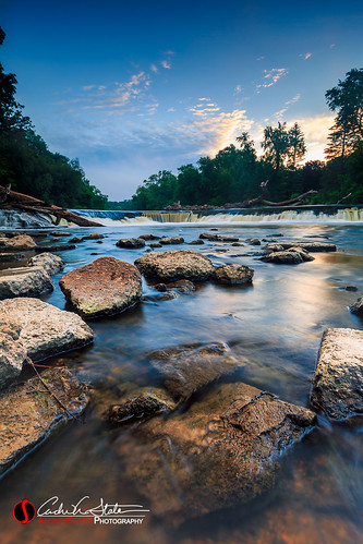 andrewslaterphotography clouds kletzchpark landscape mke milwaukee milwaukeeriver nature outdoors place river rocks sunrise tree water waterfall glendale wisconsin unitedstates us canon 5dmarkiii leefilter graduatedndfilter polarizer stream flow horizon travelwisconsin discoverwisconsin mkemycity