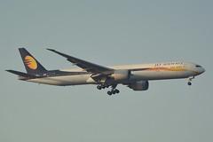 Jet Airways Boeing 777-35R(ER) VT-JEX