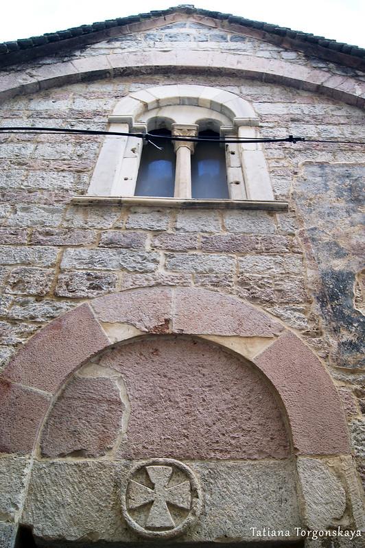 Фрагмент фасада церкви Св. Анны