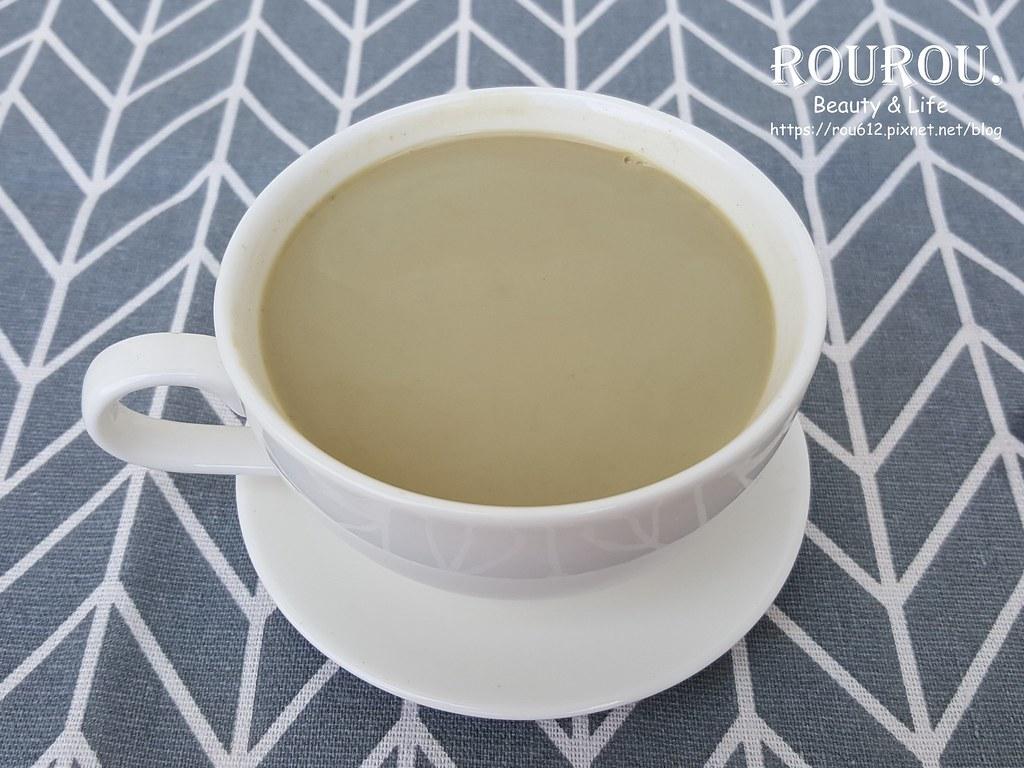貴妃紅の烏龍純奶茶11
