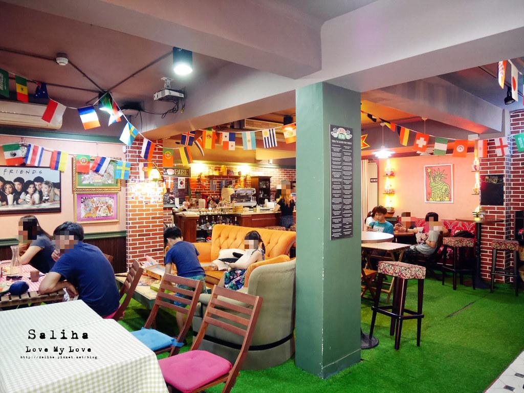 台北捷運公館台電大樓站附近可以玩桌遊餐廳推薦中央公園咖啡館 (3)