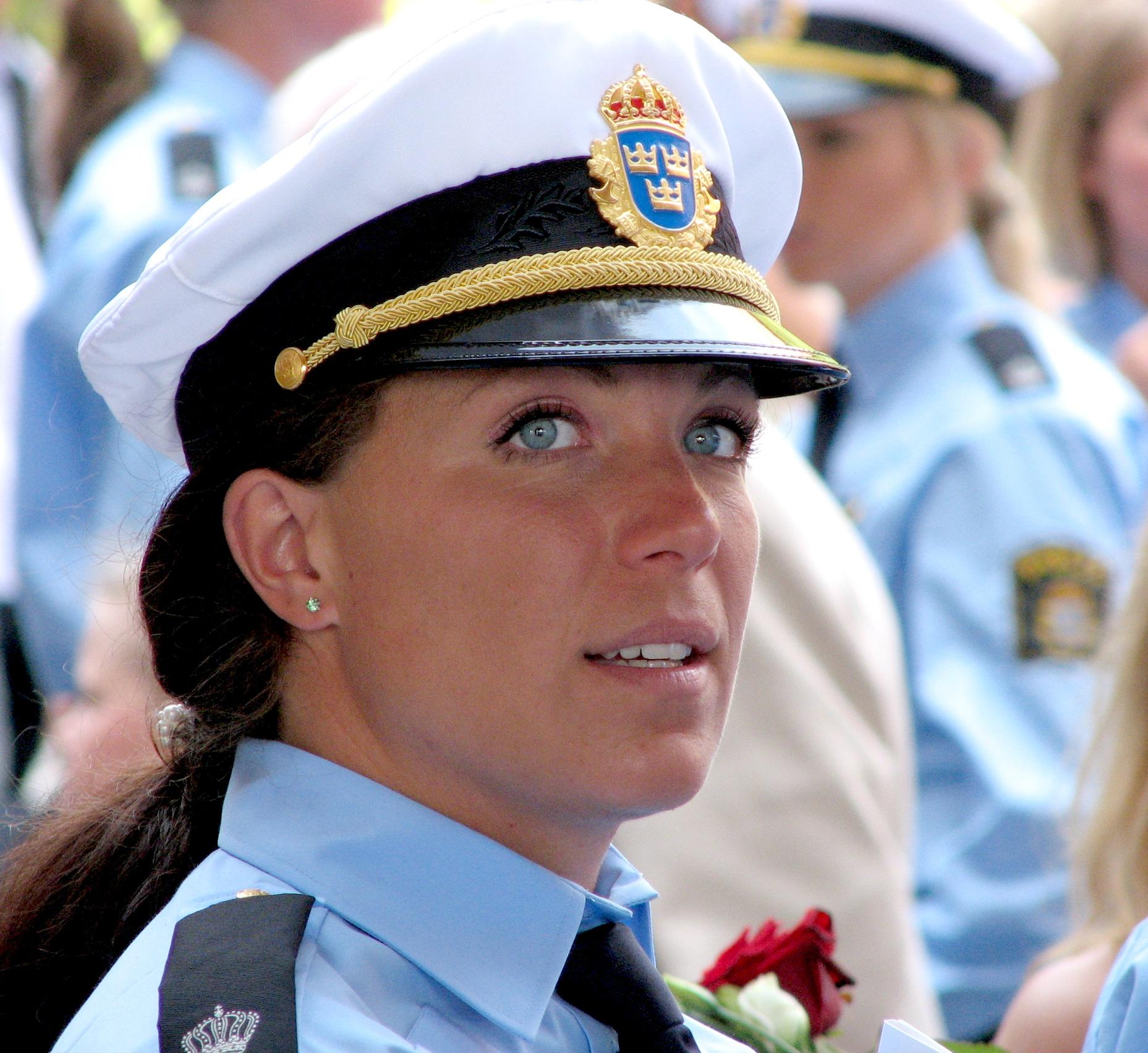 Фотогалерея женщин полицейских 3 фотография