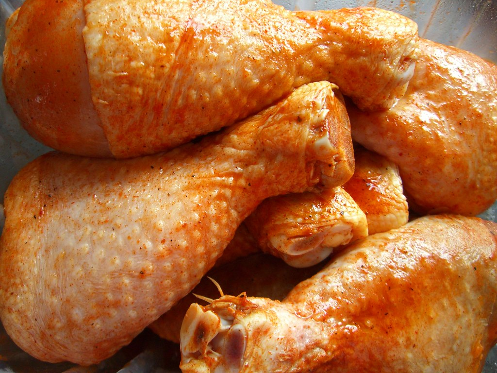 chicken drumsticks dark meat, meat only, enhanced, cooked, braised