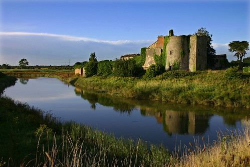 ireland building river clare fergus pla plireland plmywinners clarecastle pl10to192 plflickrp8 plflickrpokerx plqemd pl10to1x pljhmwybs pla7 plsupera