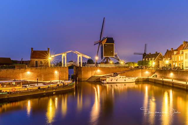 Heusden by night