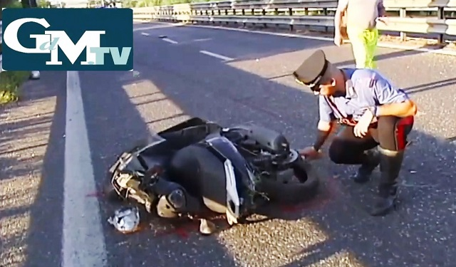 Noicattaro. Incidente mortale SS100 intero