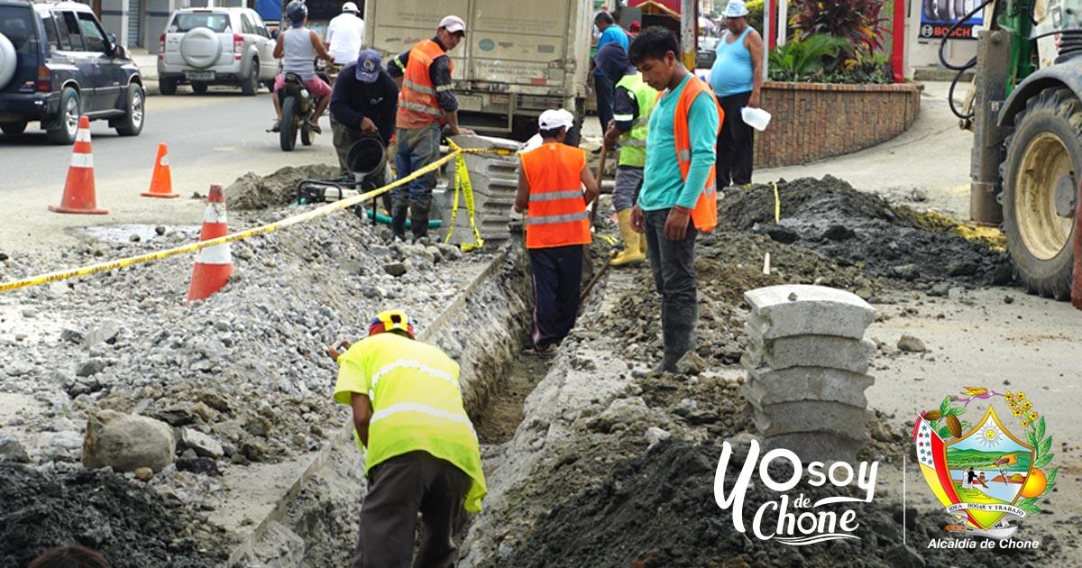 CNT trabaja en el ordenamiento de cables soterrados con permiso municipal