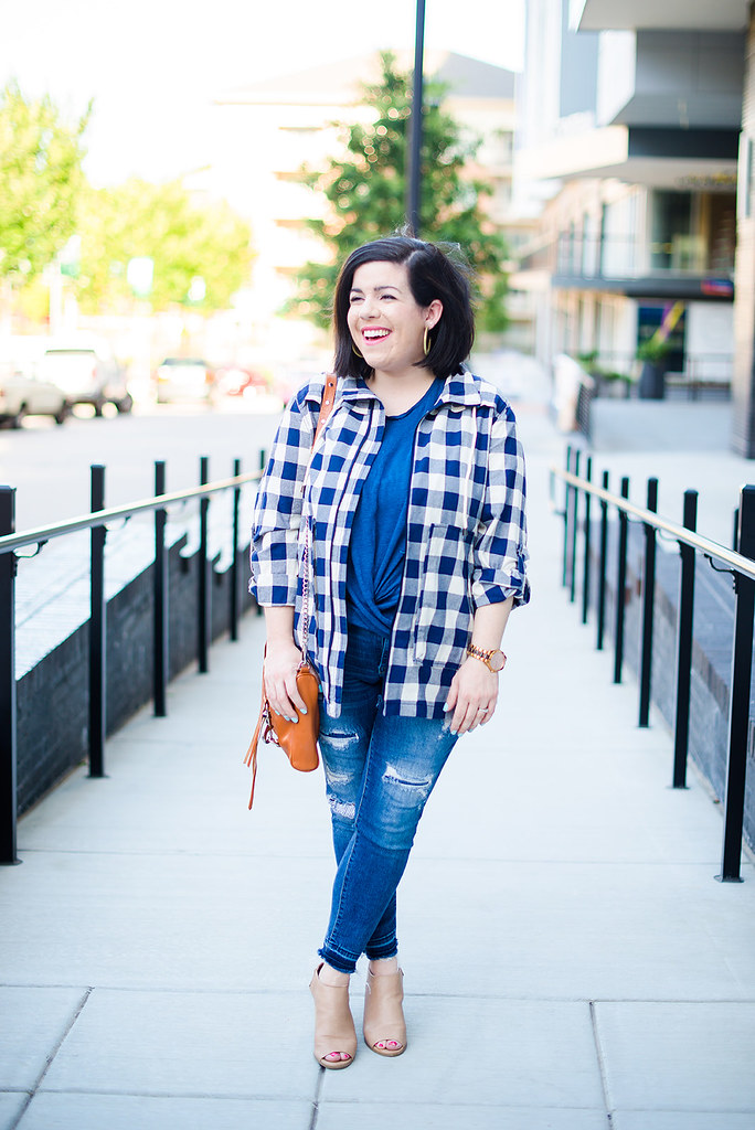 The Jacket That Will Take You Into Fall-@headtotoechic