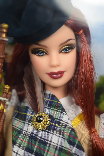 2008 Barbie 50th Anniversary Dolls Of The World Scotland N4973 (2)