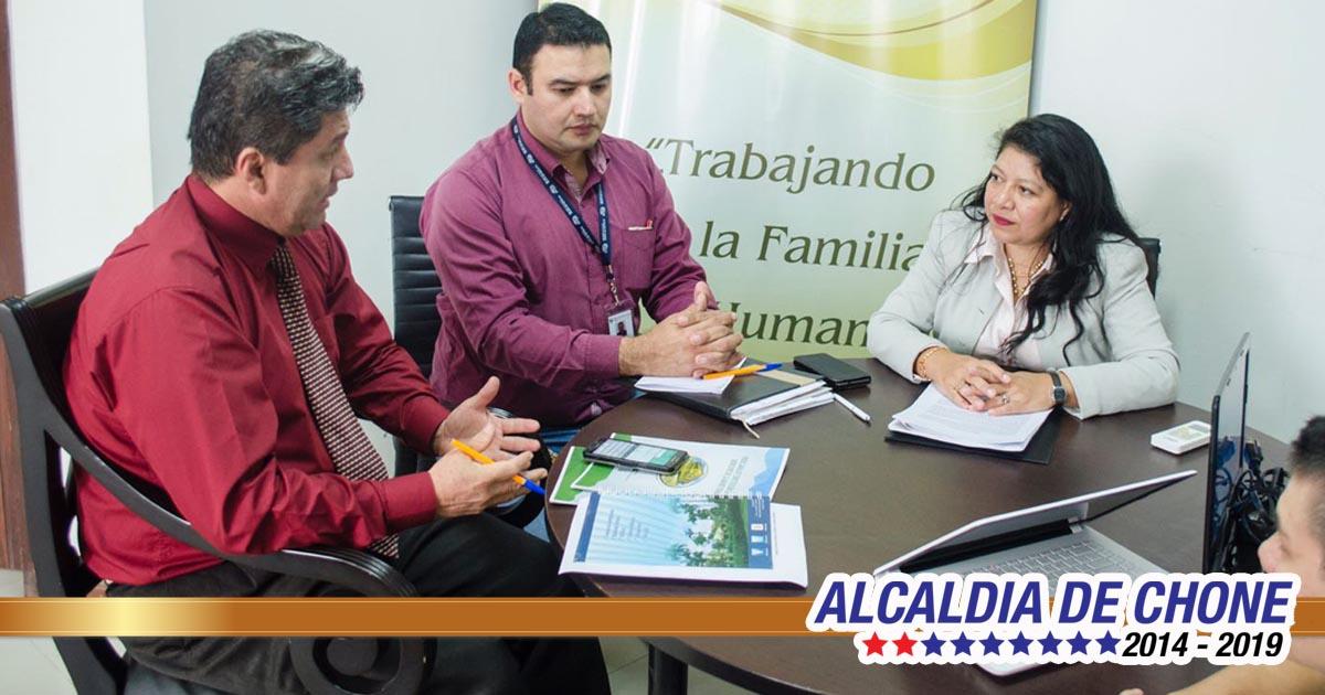 Embajada Mundial de Activistas por la Paz visitaron Alcaldía de Chone