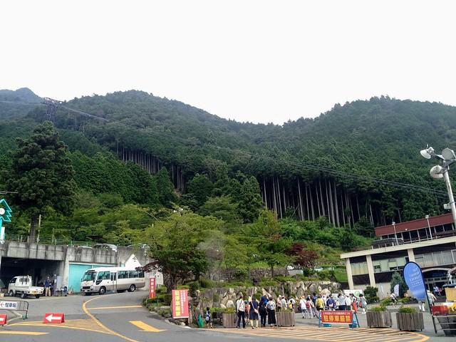 蓬莱山 琵琶湖バレイ ロープウェイ山麓駅 行列