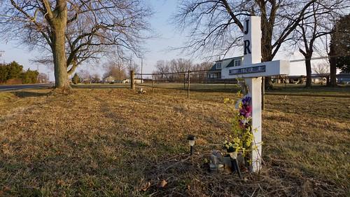 Roadside Memorial for Tommy Frazier Jr (1 of 1)
