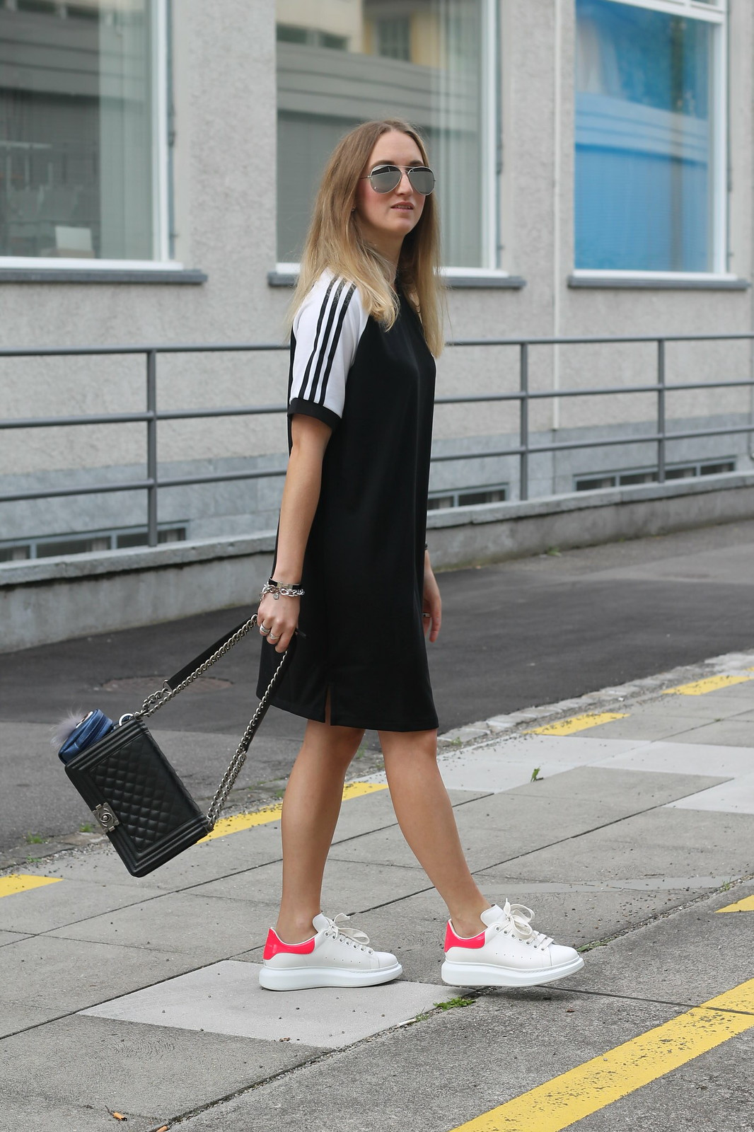 adidas-dress-and-alexander-mc-queen-sneaker-whole-look-with-sunnies-wiebkembg