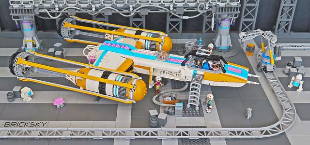 LEGO Star Wars Friends Y-Wing