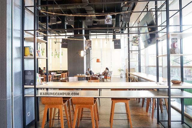 cozyfield cafe bintaro high table - kadungcampur