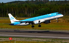 KLM Cityhopper ERJ-190STD PH-EXB