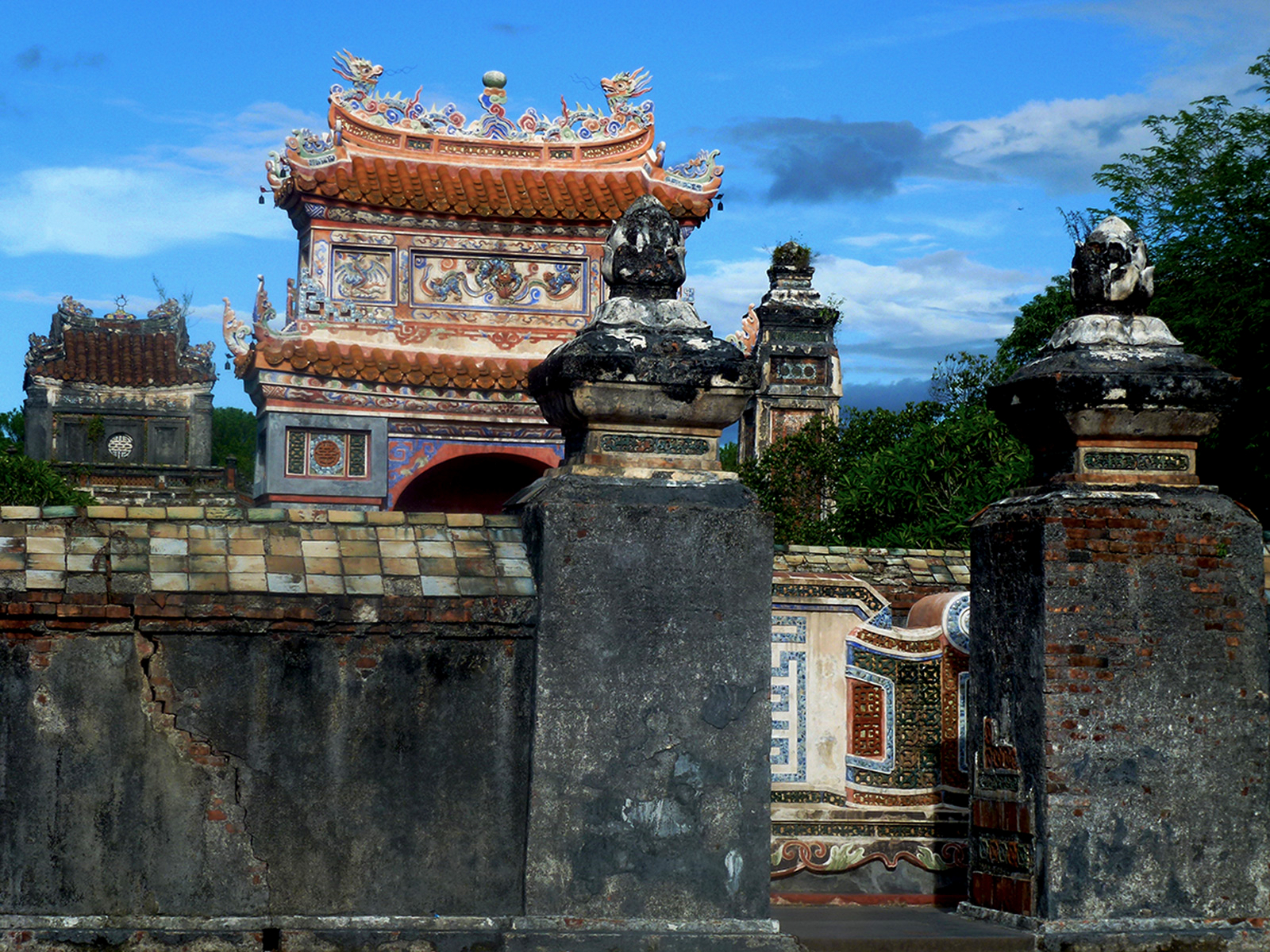 Visiting Central Vietnam : Why Does Ancient History Matter ?
