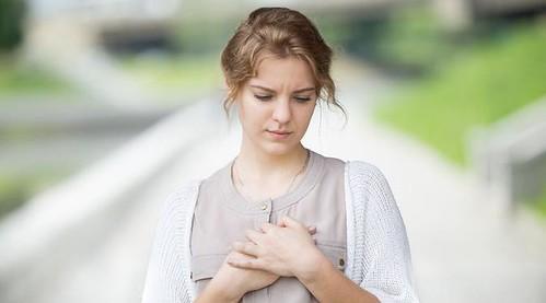 Amati Detak Jantung Tidak Normal Dan Resikonya