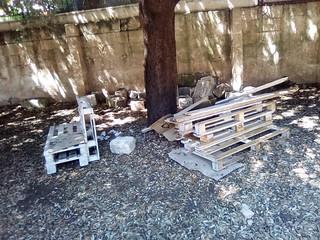 Boschetto Zaccheo - panchine vandalizzate