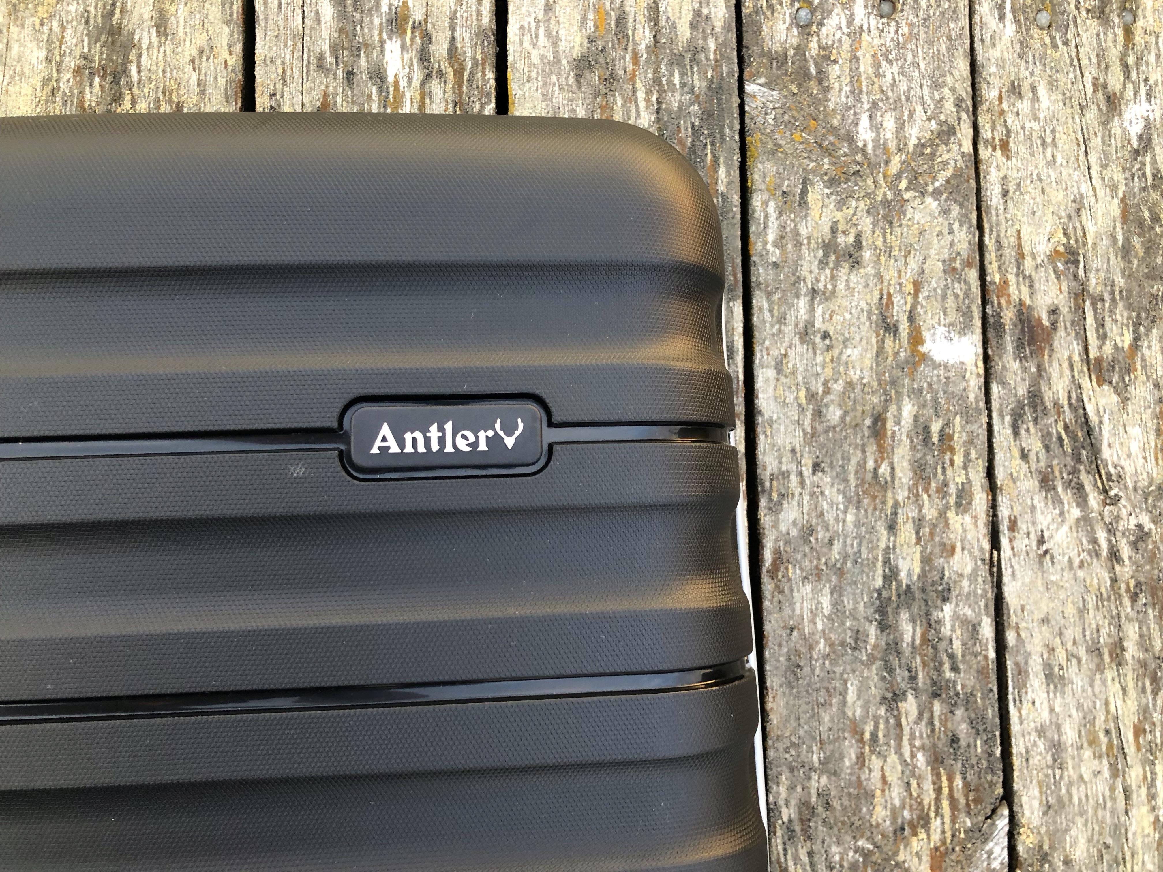 Antler Juno II suitcase set 8