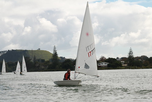 Murray Gauld leading the fleet