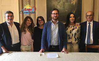Giunta Nitti 2018 - da sx: Michele Loiudice, Azzurra Acciani, Anna Maria Latrofa, il sindaco Giuseppe Nitti, Maria Montanaro e Gino Petroni