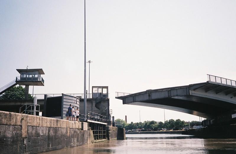 Watching the Plimsoll Bridge swing