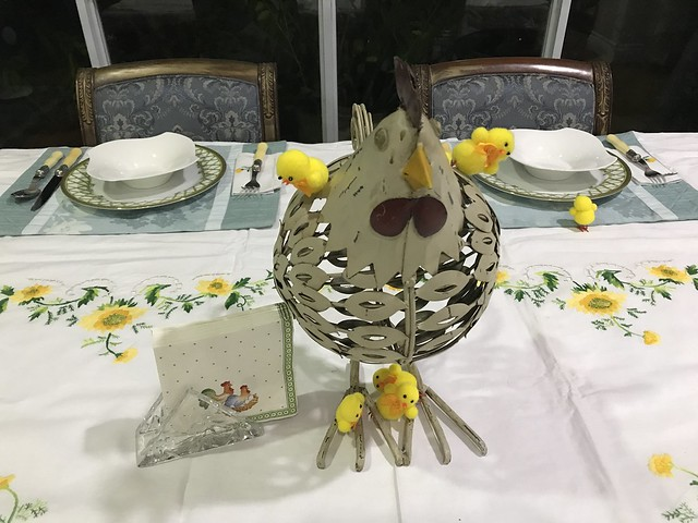 chicken decor with tiny Easter chicks