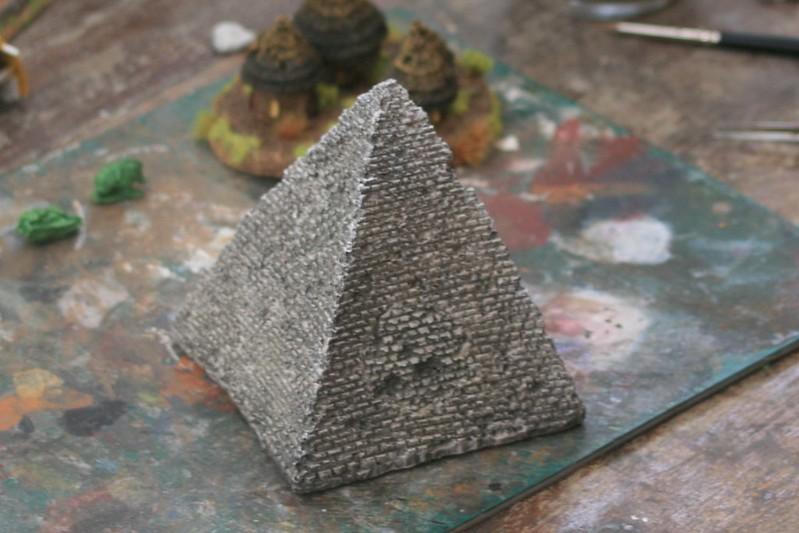 [Décors Aquarium] Une pyramide 28270068717_e1e032e721_c
