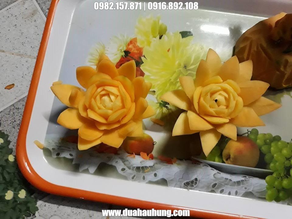 Hoa trang trí từ rau củ