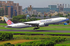 B-18052 China Airlines Boeing 777-36N/ER