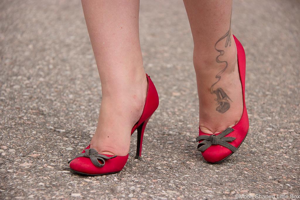 Guess, high heels, satin pumps